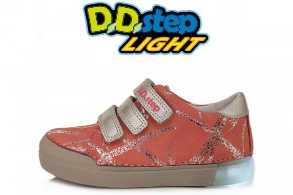 Rožiniai LED batai 31-36 d. 068470BL