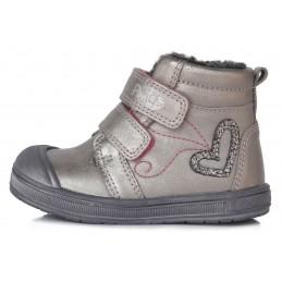 Sidabriniai batai su...