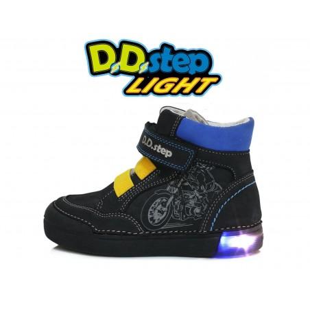Juodi LED batai 25-30 d. 068352M